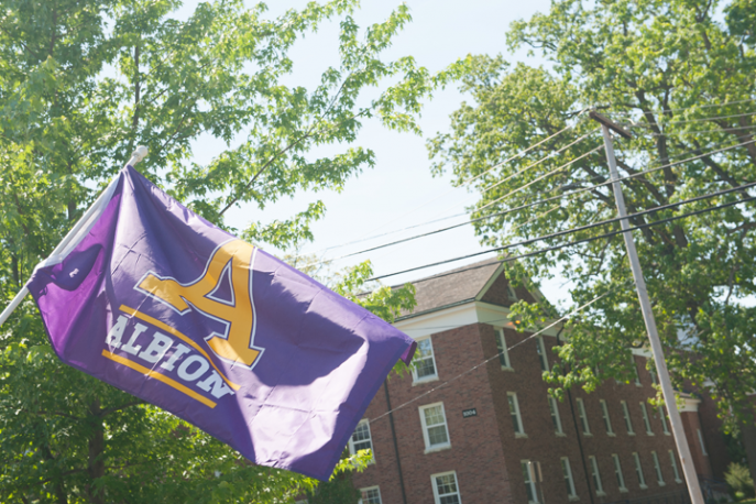 Albion flag waving on campus.