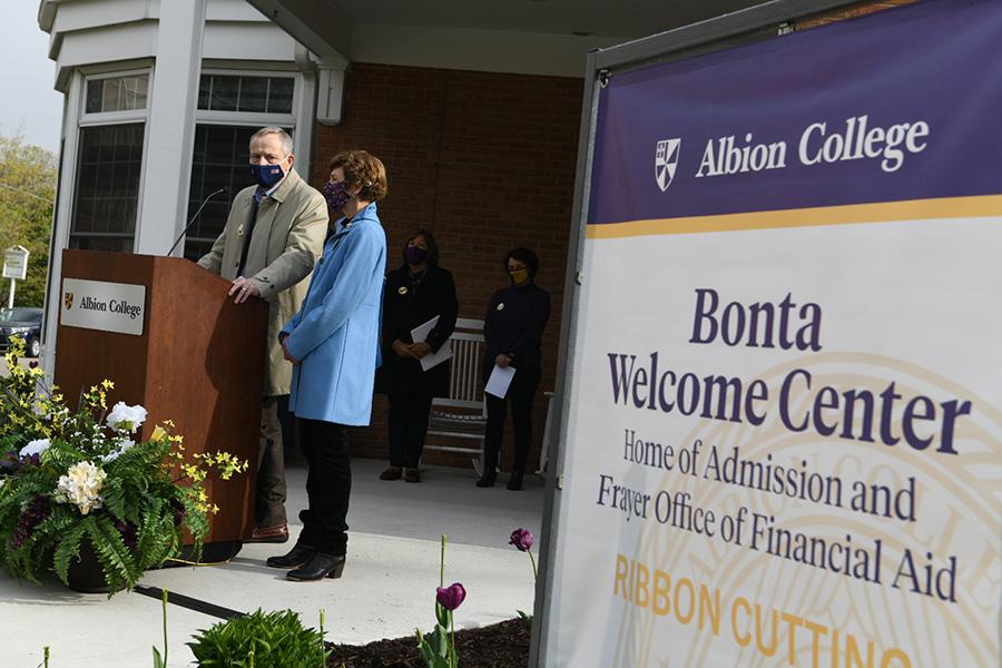 Chuck Frayer, Julie Frayer, Bonta Welcome Center, Albion College